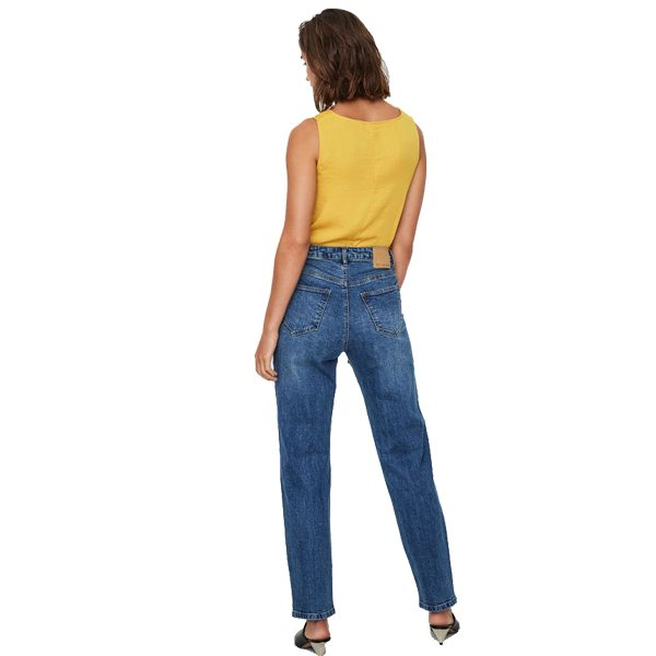 Noisy-May-Liv-Straight-Leg-Jeans-2