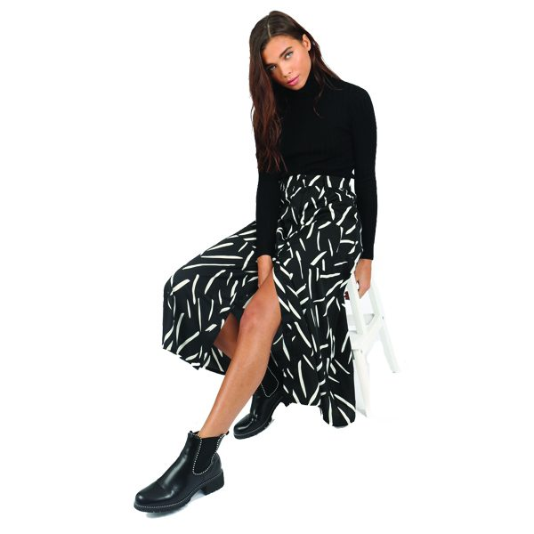 Black-and-white-abstract-skirt-1