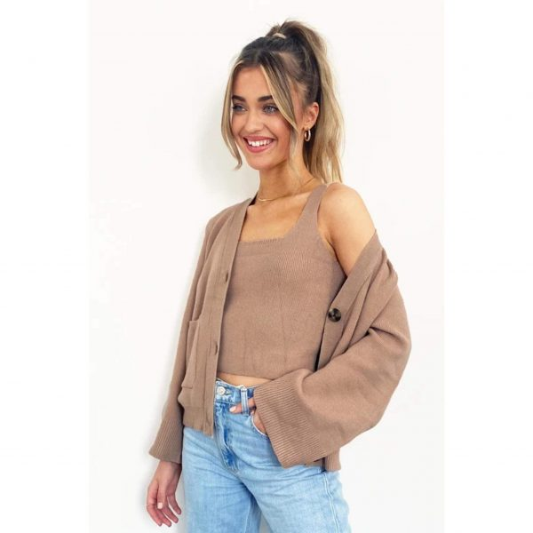 Camel Knit Cropped Vest