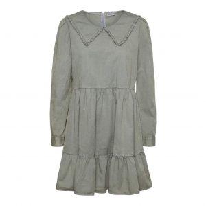Peter Pan Collar Smock Dress